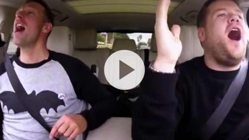Video: Se Chris Martin synge carpool karaoke