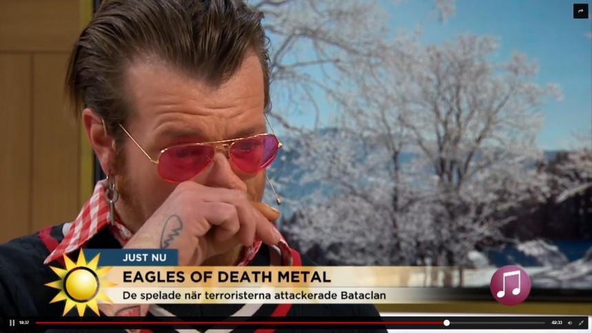 Eagles of Death Metal er tilbage på landevejen – se følelsesladet interview og læs anmeldelse