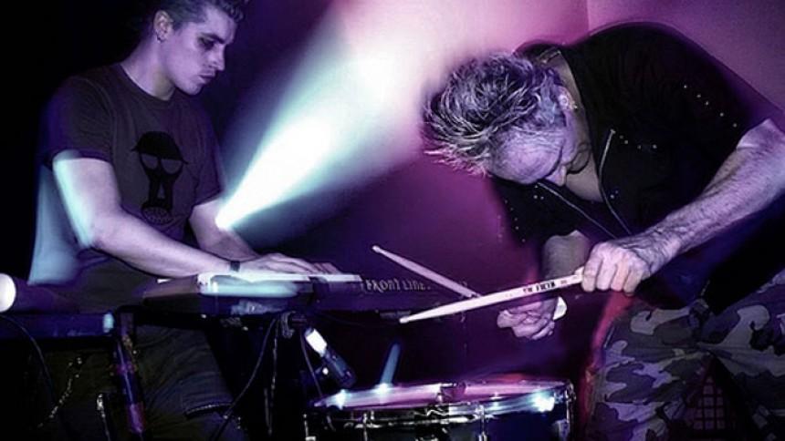 Industrial-bandet Front Line Assembly til Aalborg