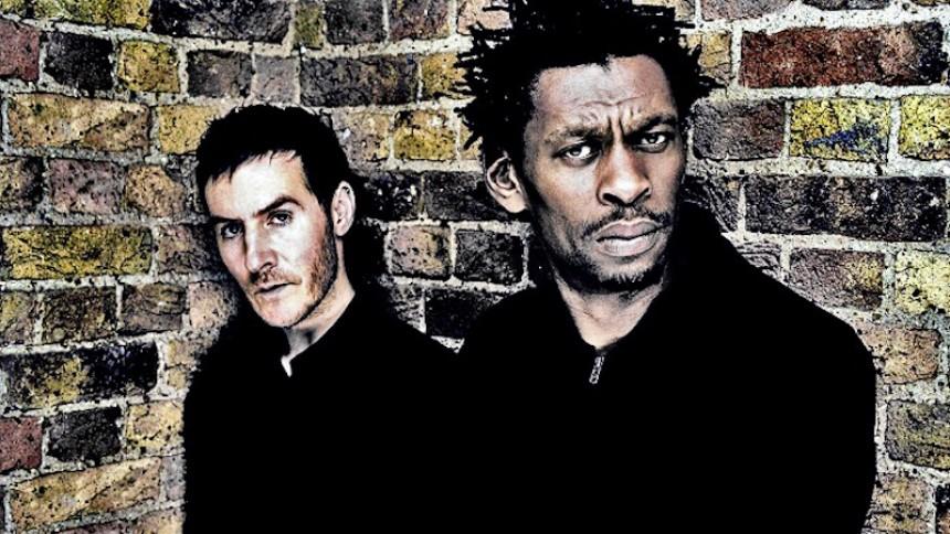 Massive Attack teaser første udgivelse i fire år