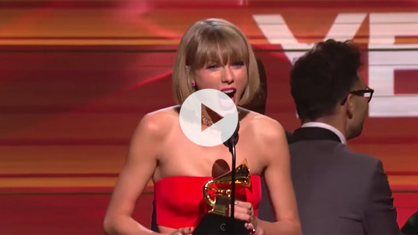 Taylor Swift svarer Kanye West igen under Grammy-takketale