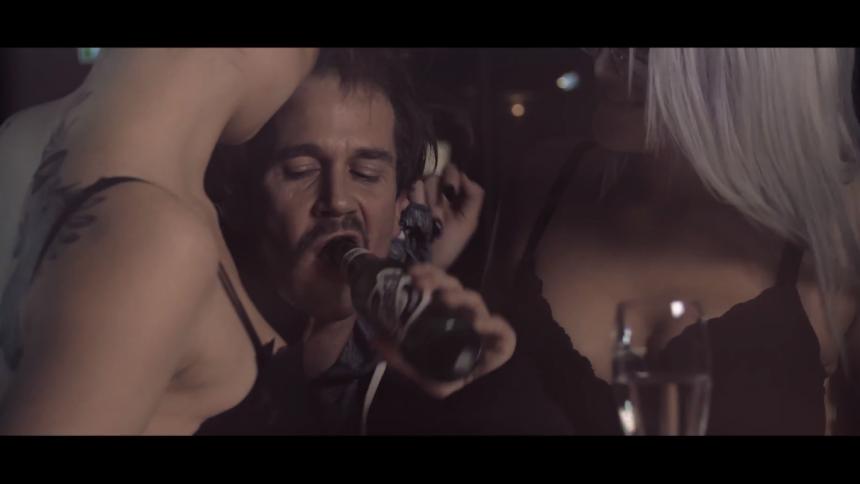 Musikvideo-premiere: Act Of Instinct skruer op på Miley