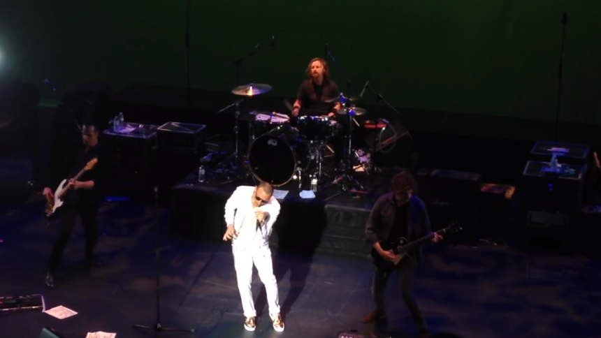 Video: Chester Bennington tilbage i front for Stone Temple Pilots