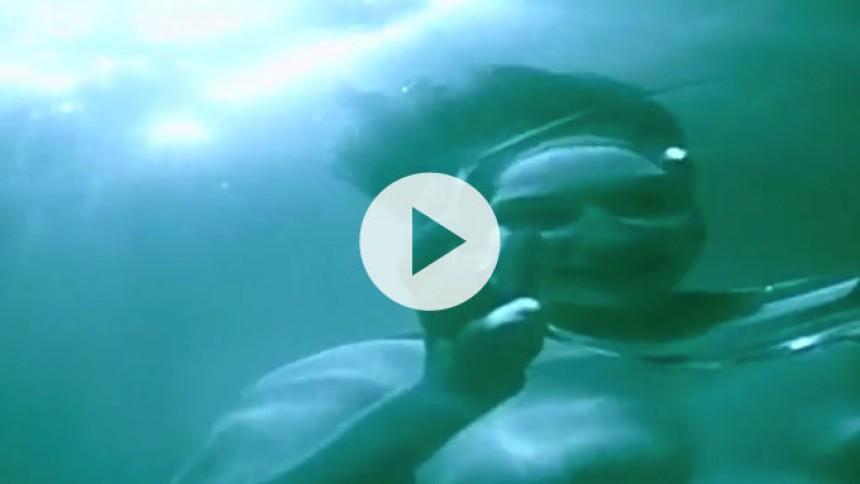 Se stemningsfuld video med femstjernede Vessel – med en fortid i Murder