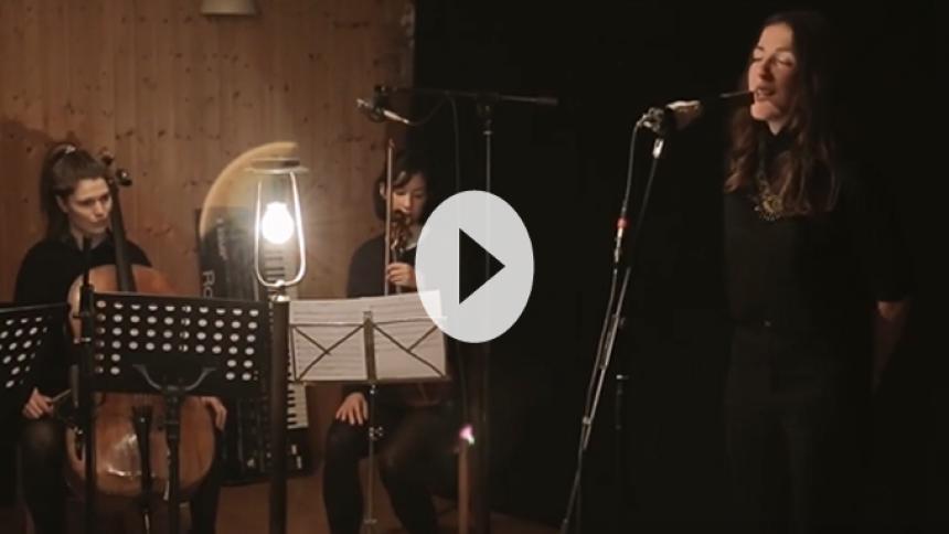 Stemningsfuld video: Danske IRAH sætter instrumenterne i fokus