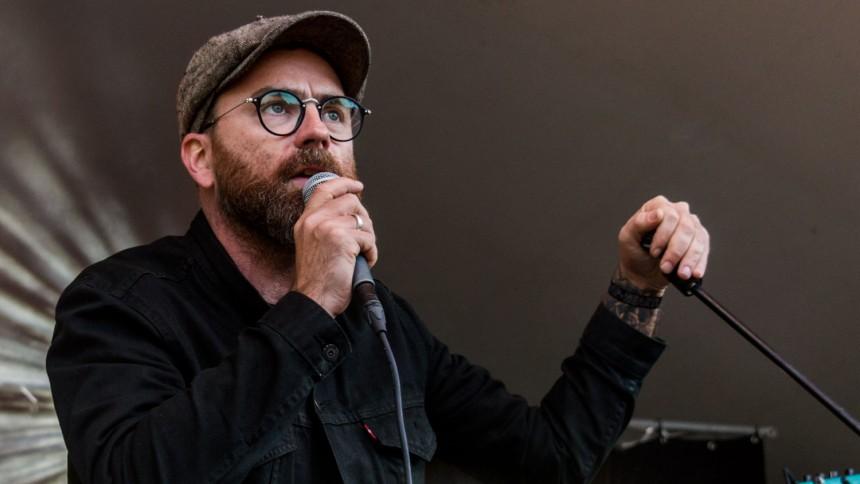 Mikael Simpson tager på bandturné inden nyt album