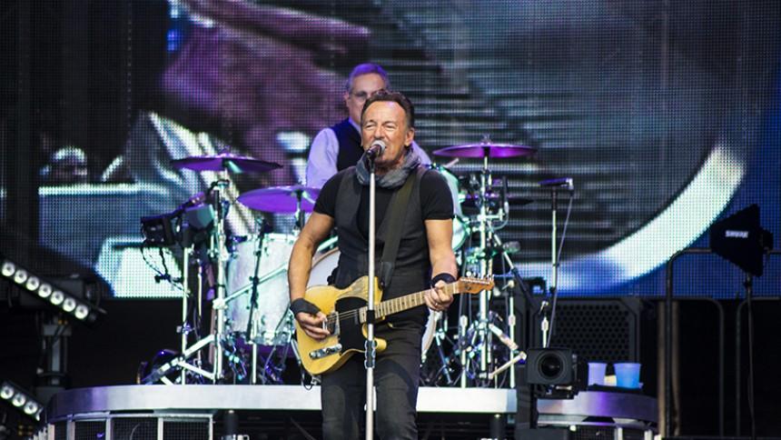 Koncertaktuelle Bruce Springsteen hylder afdøde Alan Vega