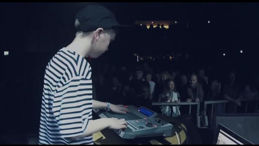 Se ny video med koncertaktuelle SLOWOLF på Spot Festival – med sin 11-årige søn på scenen