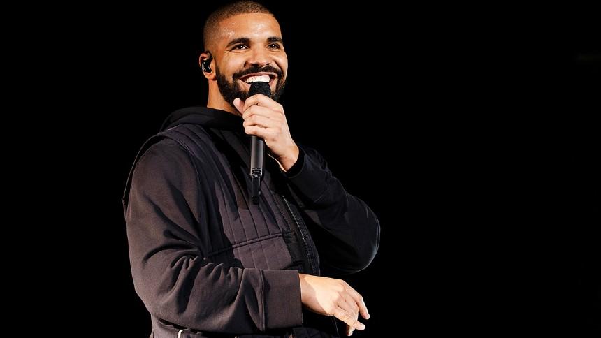 Læs: 19-årig, undskyldende Drake takker sin mor i hidtil uset brev