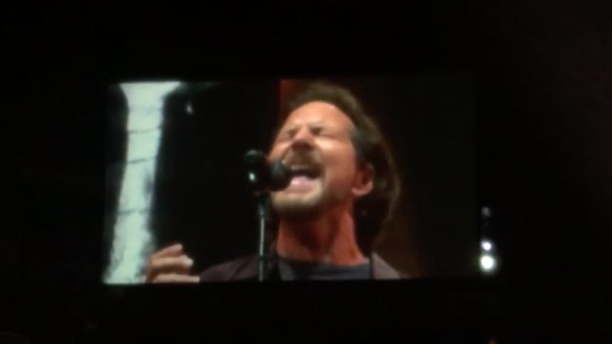 Video: Eddie Vedder synger med Sting og Peter Gabriel