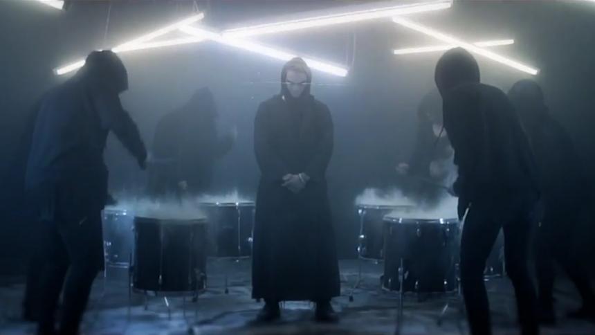 Ny musikvideo: Siamese flirter med de syv dødssynder
