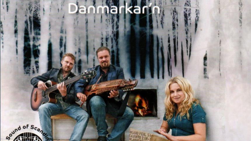 Poleret dansk-svensk folk i højere enhed