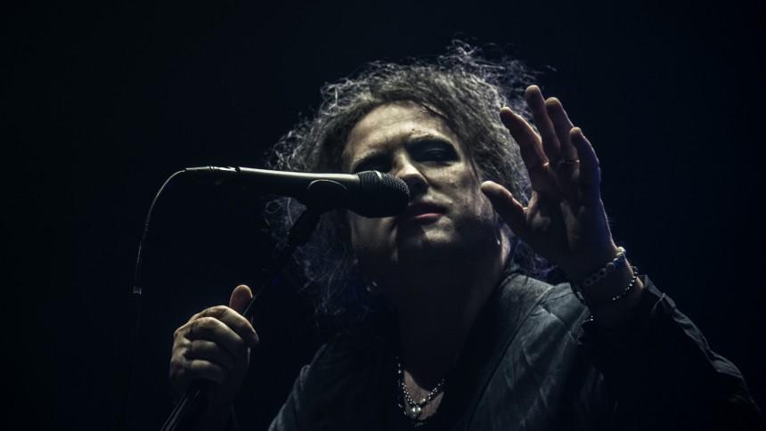 Robert Smith afslører spændende detaljer om nyt The Cure-album