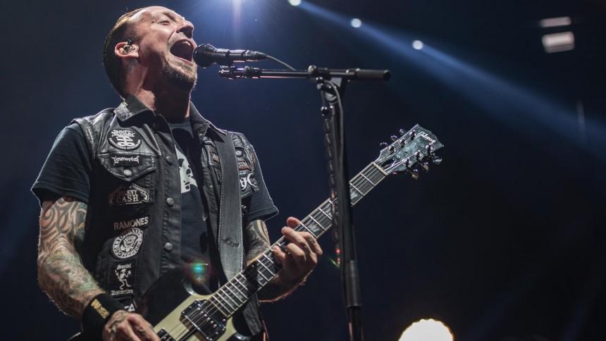 Julekalender låge 20: Hør årets bedste sang ifølge Volbeat