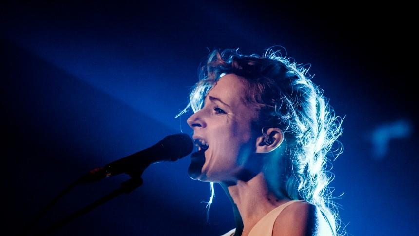 Agnes Obel giver dansk koncert