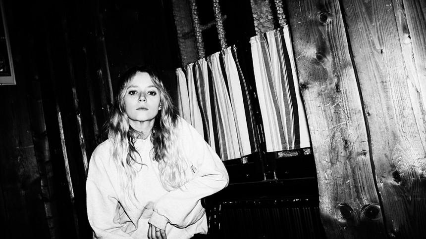 Hun bliver stor i 2017: Den danske popsangerinde Soleima bruger verden som flyvende musikstudie