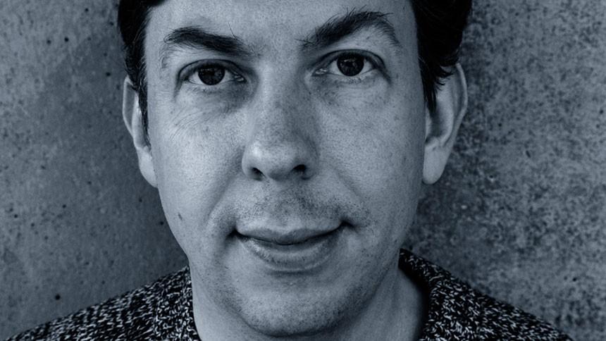 GAFFAs webredaktør om sin satiriske musikbranchekrimi: – Overdrivelse fremmer forståelsen