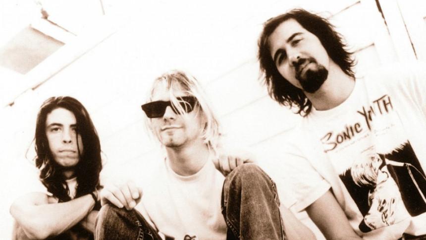 Se Nirvana-medlemmer spille med Dave Grohls datter, St. Vincent og Beck