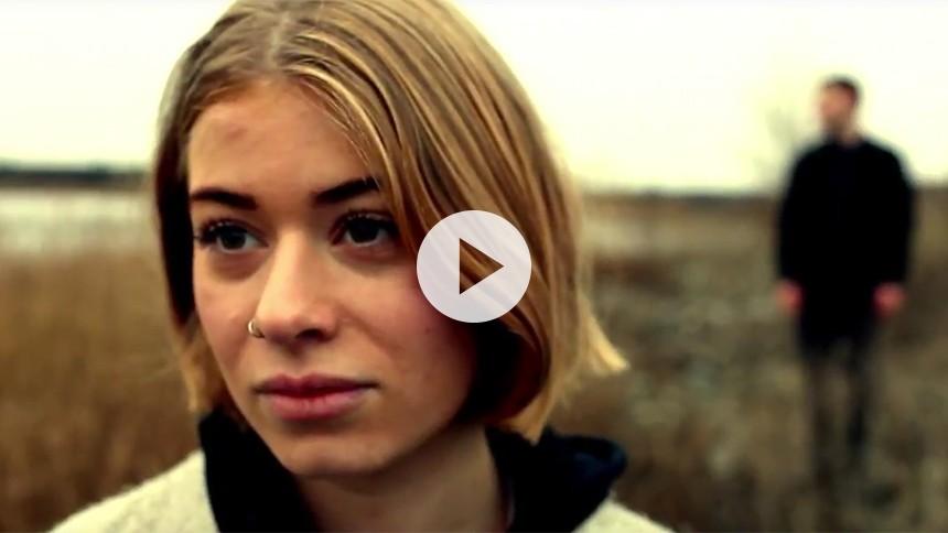 Se smuk og stemningsfuld video fra Tue West