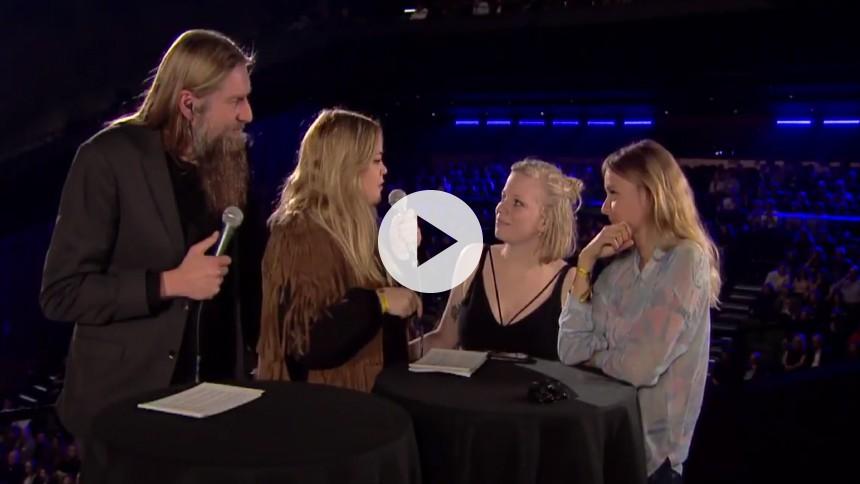 Videointerview med Katinka og Soleima fra GAFFA-Prisen: – Det er hårdt at sidde og vente
