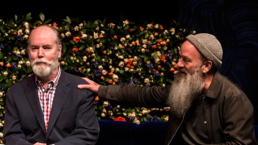 Michael Stipe og Douglas Coupland i samtale om tidens ego