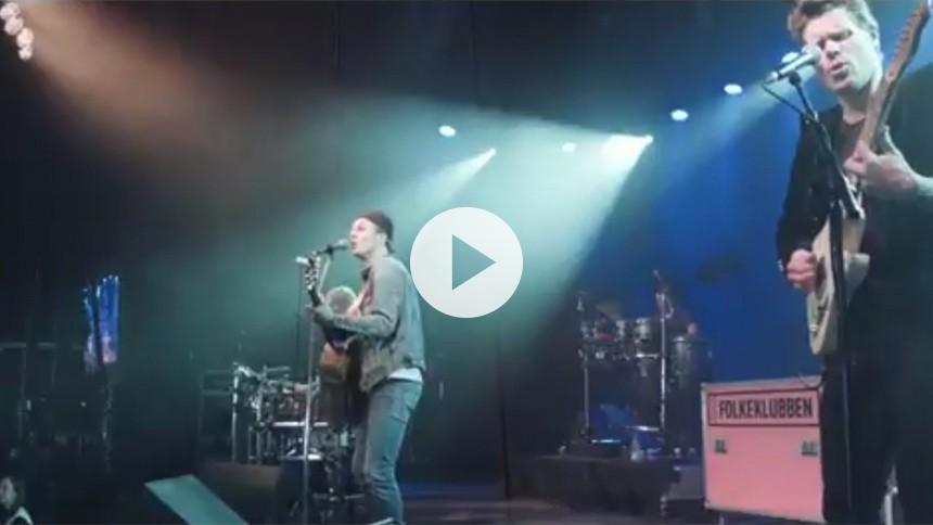 Se sommerlig video med festivalaktuelle Folkeklubben