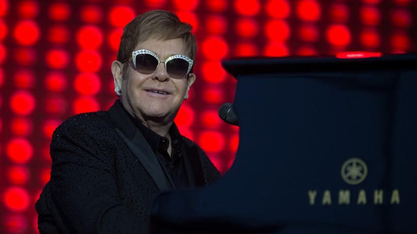 Elton John annoncerer tre år lang afskedsturné