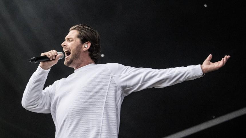LYT: Rasmus Seebach udgiver to singler | GAFFA.dk