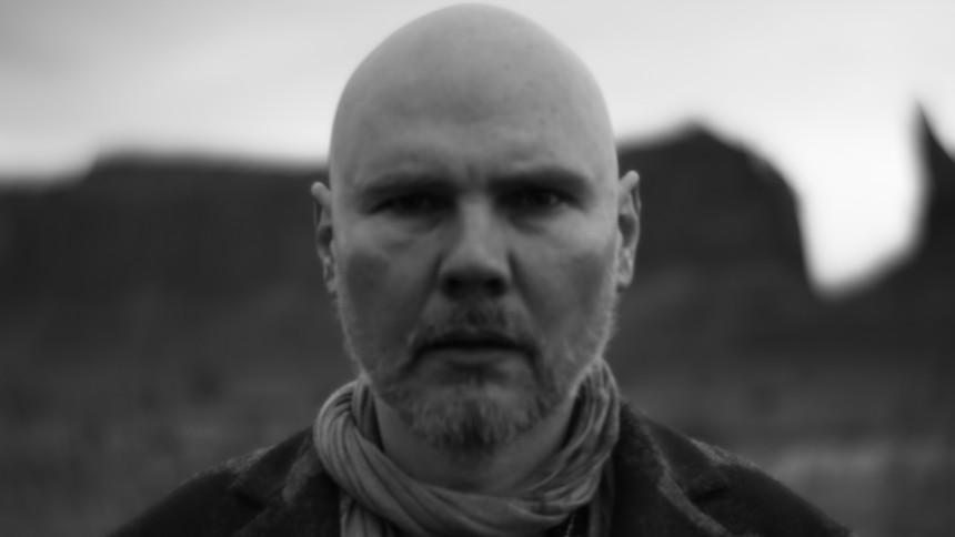 Billy Corgan krænger sjælen ud på formfuldendt akustisk solo-album