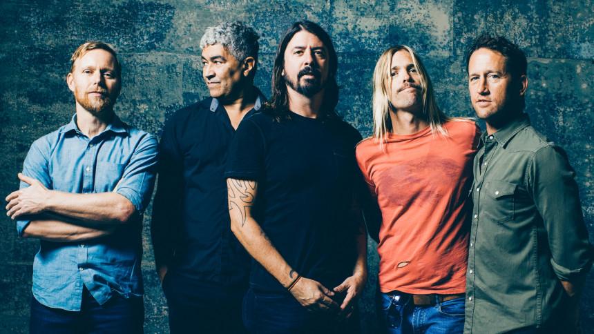 Solide stjernestunder og potente pletskud: Dave og drengene lyder tændte og revitaliserede på album nummer ni