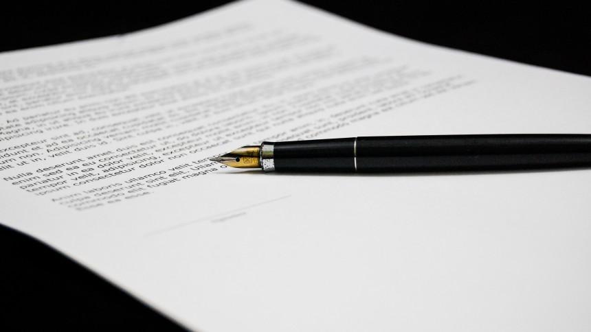 Spotify forlænger aftale med Warner
