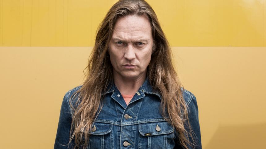 Jesper Binzer begiver sig ud på sin første store soloturné