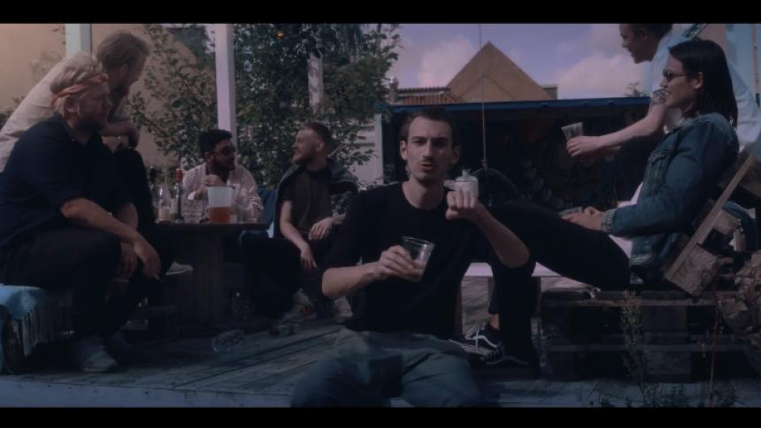 Videopremiere: De Danske Hyrder fester, indtil morgensolen står op