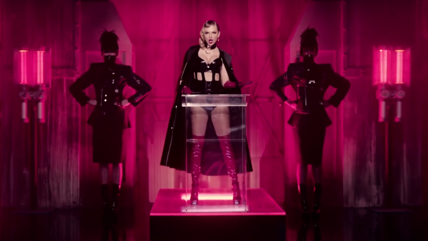 Blogger sammenligner Taylor Swift med Hitler