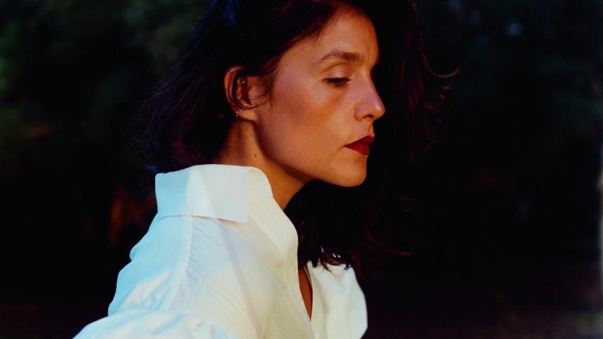 Koncertaktuelle Jessie Ware: Mor, hustru, veninde og kunstner