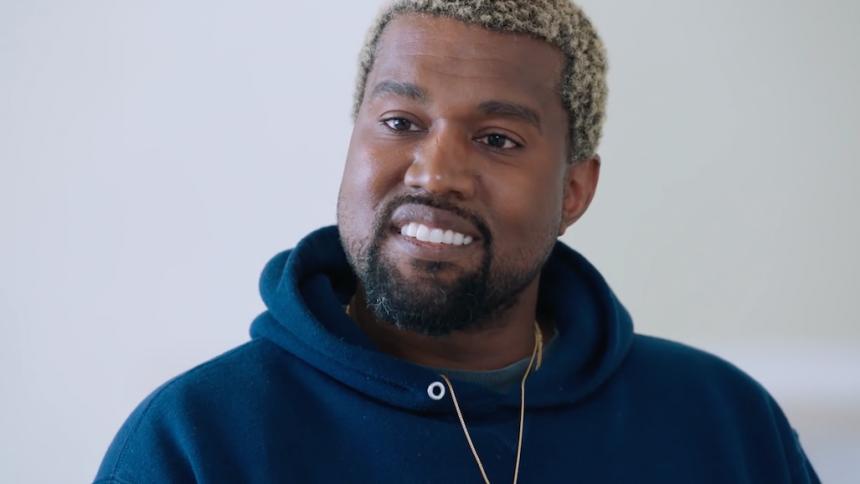 Kanye West forsvinder atter fra de sociale medier
