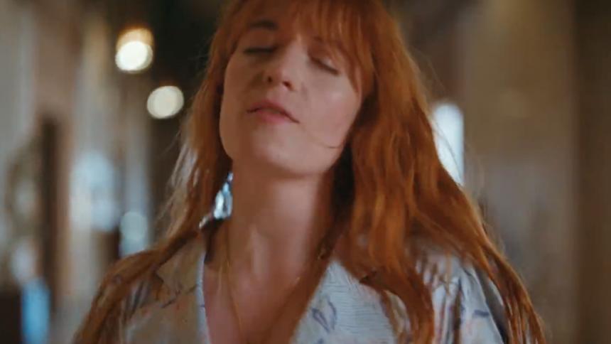 Florence formår stadig at tryllebinde