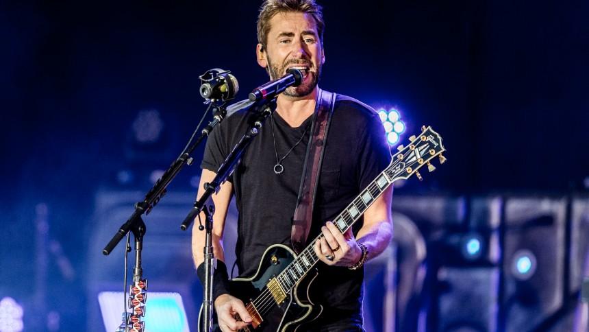 Nickelback udgiver covernummer med masser af fart på