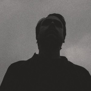 Esben Amdisen: Flygter nattens skygger