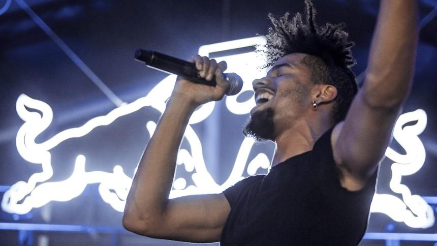 Veloplagt fransk rapper sparkede Distortion lørdag i gang