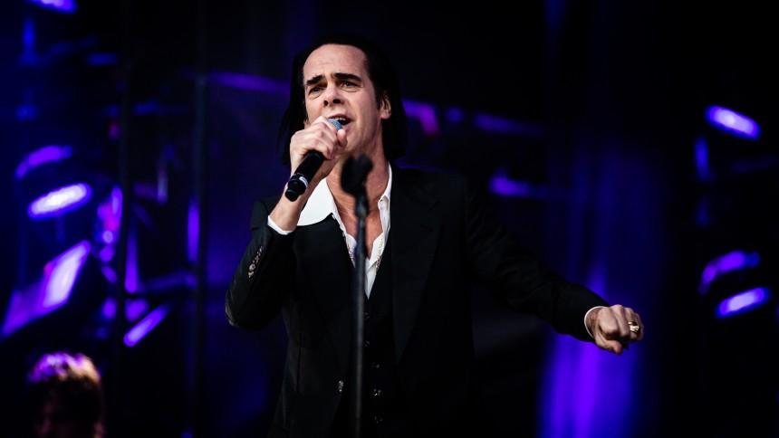 Nick Cave aflyser Europaturné inklusive Danmark