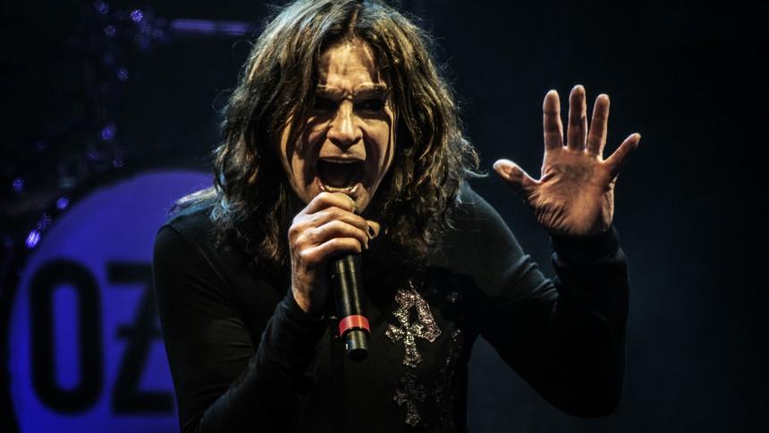 Ozzy Osbourne aflyser turné – skal i behandling