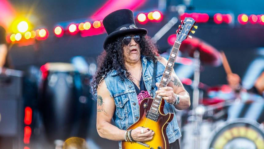 Slash er klar på endnu et Guns N' Roses-album