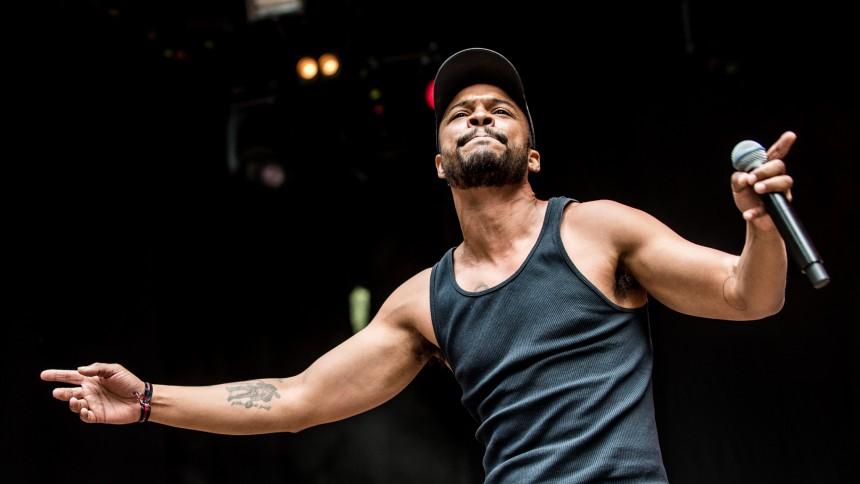 Pop-reggae-charmøren lod musikken tale for sig selv