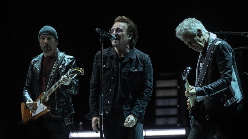 Lyt: U2 synger coverversion af Led Zeppelin-klassiker