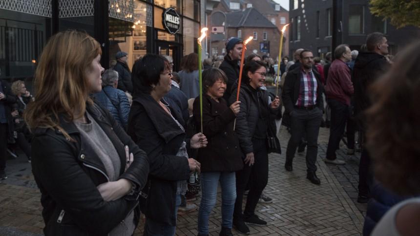 Se billederne: Tusinder mindedes Kim Larsen i optog