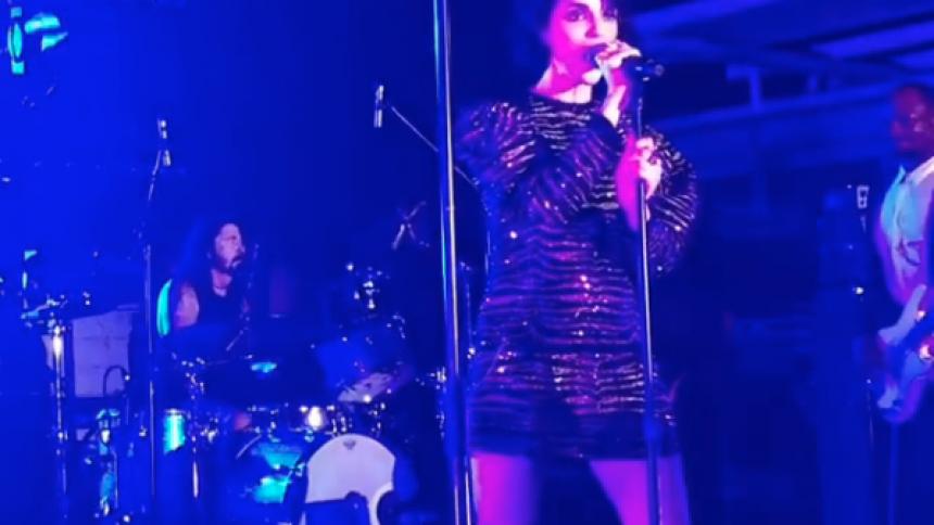 VIDEO: Grohl, Beck og St. Vincent laver cover af klassiker
