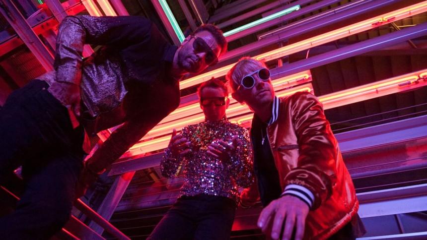 Muse fanget i 80'er-sci-fi og selvsving