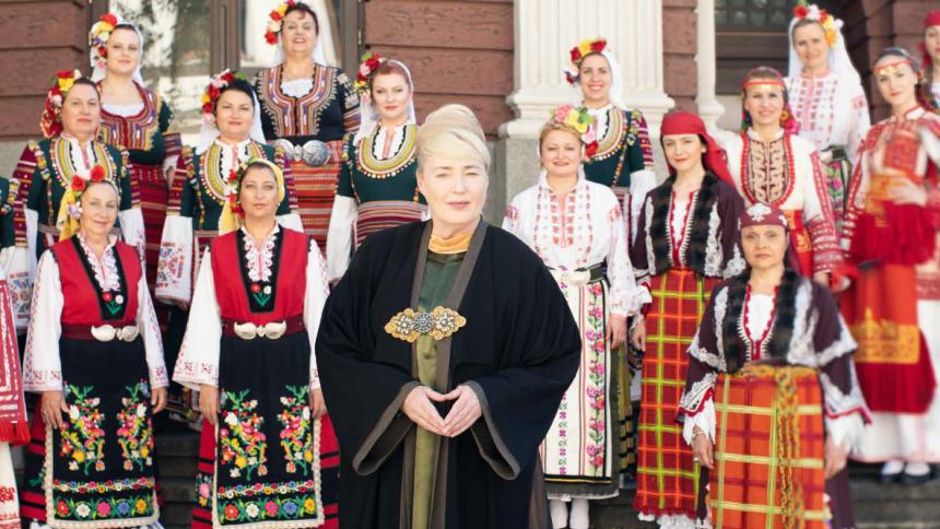 Lisa Gerrard gæster Danmark med bulgarsk kor