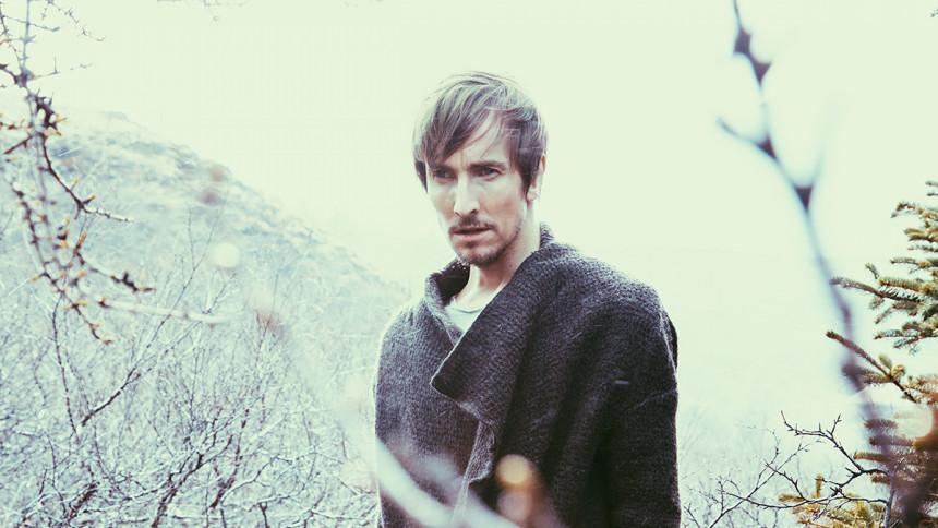 Helgi Jonsson offentliggør ny video og giver koncerter – med Tina Dickow